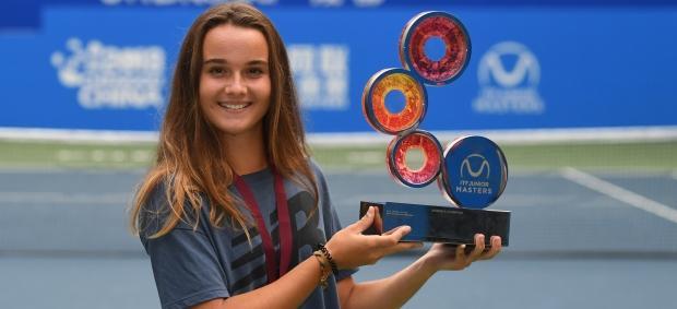 Clara Burel au sommet ! | Fédération française de tennis